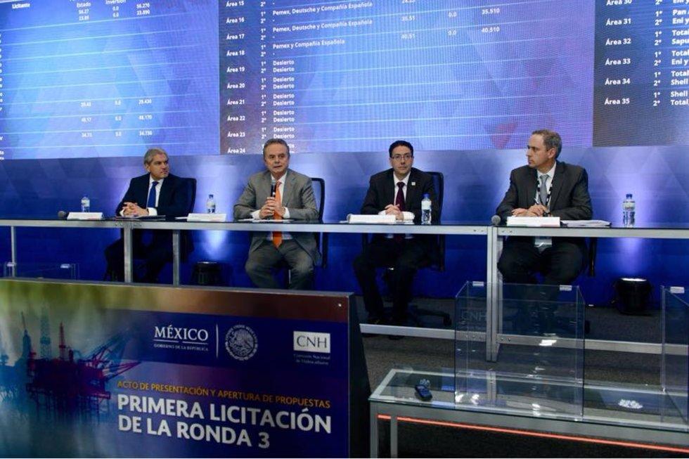 México entregó a trasnacionales 16 nuevos bloques petroleros