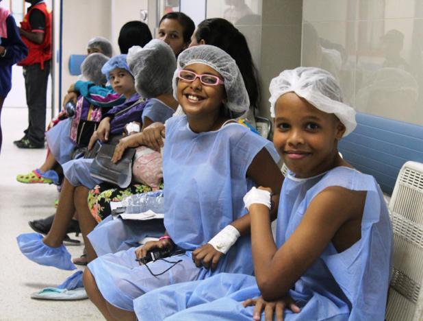 Niños venezolanos beneficiados con plan quirúrgico