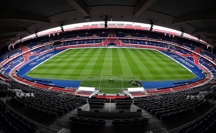 La Uefa castiga al Paris St. Germain con el cierre momentáneo de su estadio