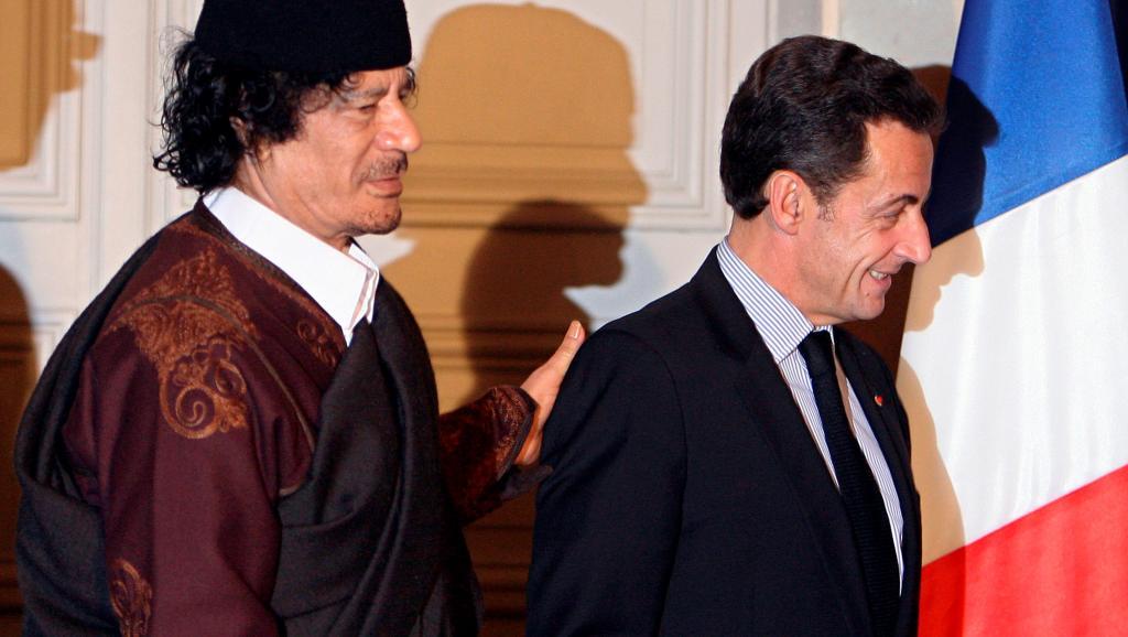 Detenido expresidente de Francia por financiación de su campaña electoral en 2007