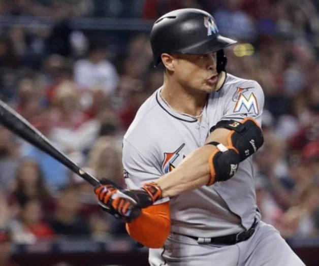 Stanton se puso el uniforme Yankee