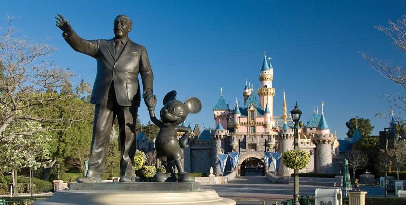 El 73 por ciento de los empleados de Disneyland no gana lo suficiente para cubrir sus gastos básicos