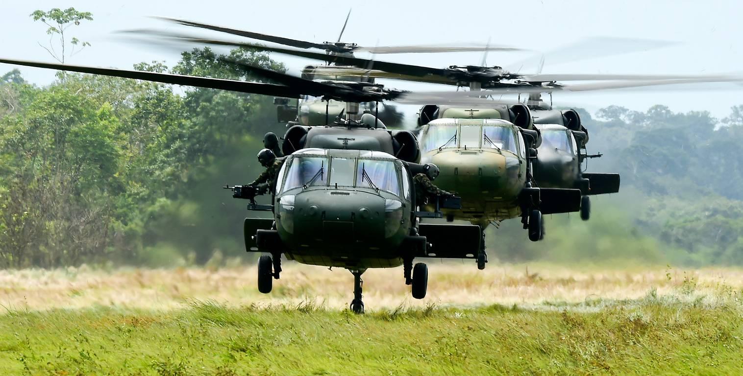 Fuerza Aérea compra seis helicópteros «Black Hawk» para misiones militares y humanitarias