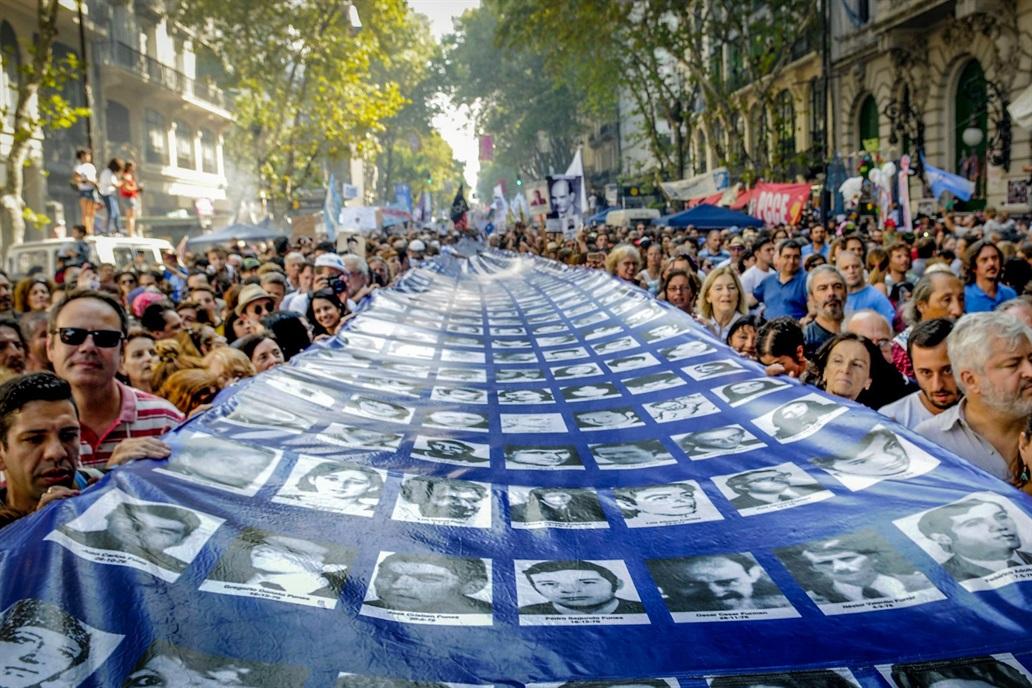 Organizaciones de Derechos Humanos marcharon para rechazar medidas neoliberales