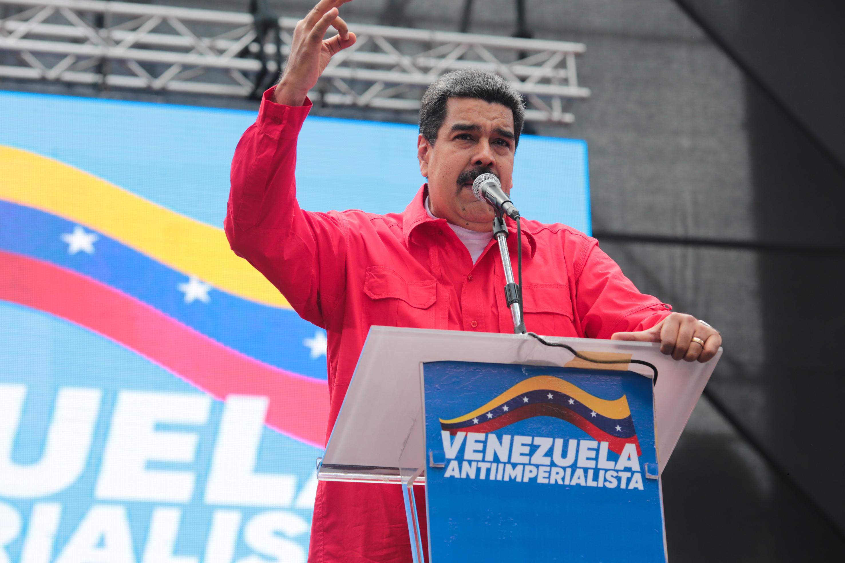 Maduro asegura que periodistas ecuatorianos fueron asesinados por culpa del gobierno de Colombia