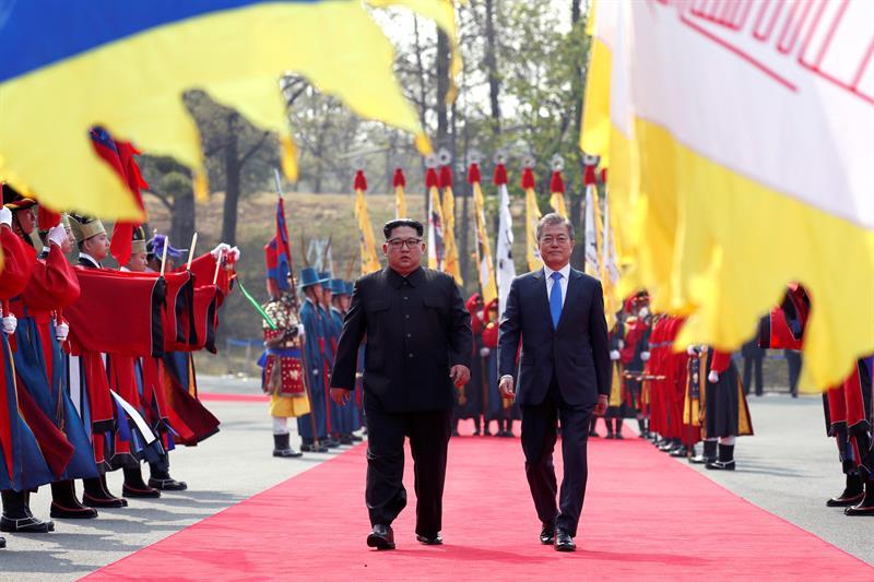 """Corea del Norte pide a EEUU """"sincerarse"""" y contribuir al desarme nuclear"""