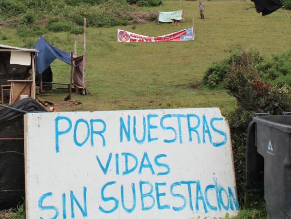 Comunidad huilliche de Castro exige reubicación de subestación eléctrica a ministra del Medio Ambiente