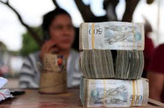 Venezuela: El juego sucio de sacar el dinero del país para crear inestabilidad
