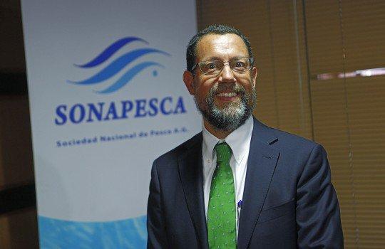 Francisco Orrego, el lobbista a favor de la Ley de Pesca, es el nuevo presidente del directorio de TVN