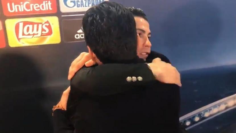 Gianluigi Buffon no ocultó su admiración por Cristiano Ronaldo, lo abrazó y besó (Video)