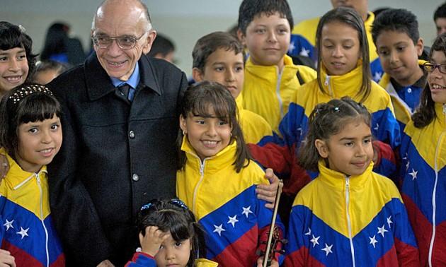 Más de 10 mil jóvenes tocarán en homenaje al maestro José Antonio Abreu