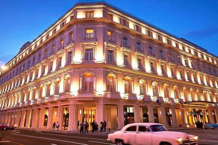 Hotel Gran Manzana se lleva el galardón