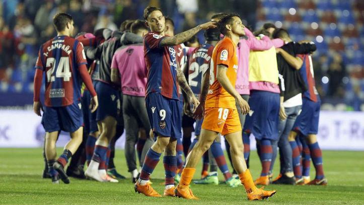El Málaga CF cayó derrotado y desciende a la Segunda División