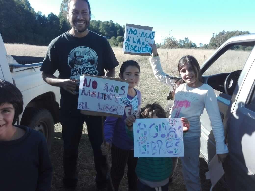 Pucón: Vecinos y organizaciones se movilizan en defensa del lago Villarrica