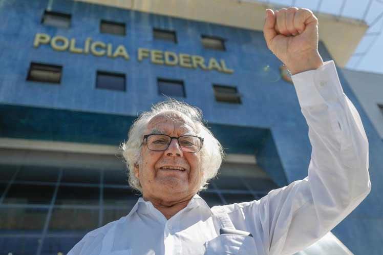 Niegan a Premio Nobel de la Paz visita de carácter humanitario a Lula Da Silva