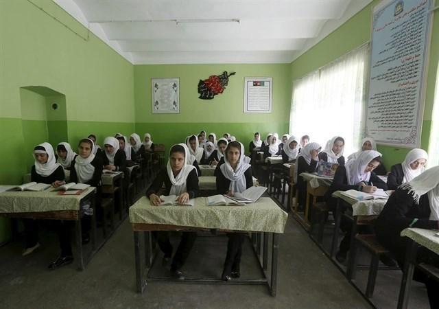 Escuelas en Afganistán fueron cerradas por 43 casos de intoxicación