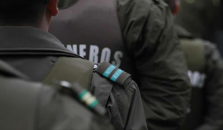 El carabinero «nazi» de Estación Central: Investigado por torturas a extranjeros y vendedores ambulantes