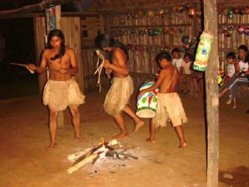 UNA y Uned conmemoran a pueblos indígenas de Costa Rica