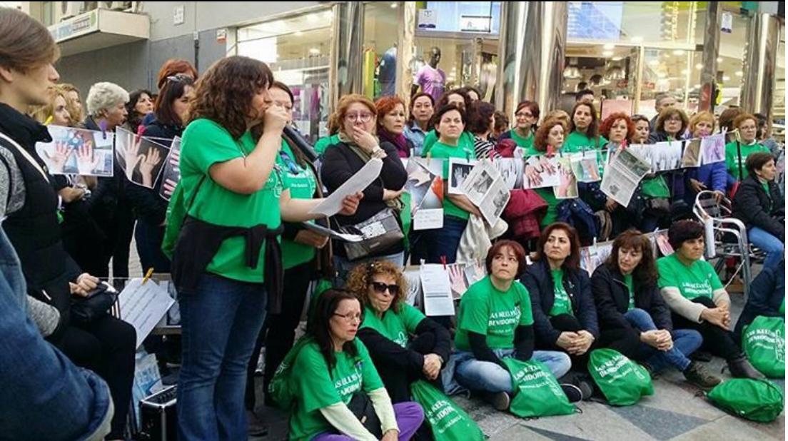 La lucha no se acaba: Limpiadoras de hoteles en España exigen mejoras laborales
