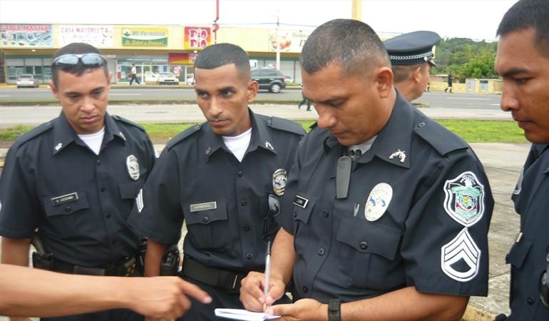 Detienen a dos traficantes de personas en Panamá