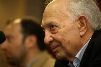 México lamentó la partida física del escritor Sergio Pitol