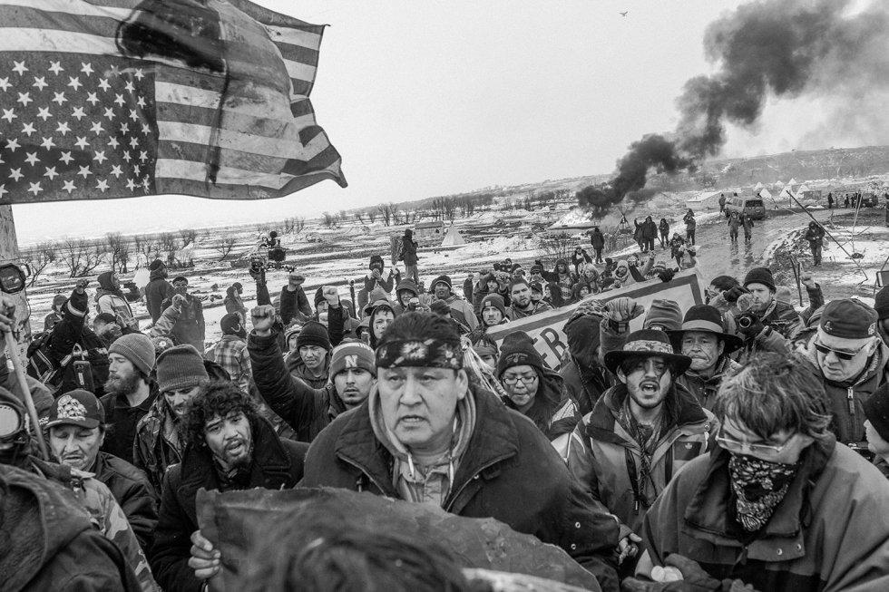 Mexicano muestra foto ensayo reportaje de lucha indígena Oceti Sakowin en Standing Rock