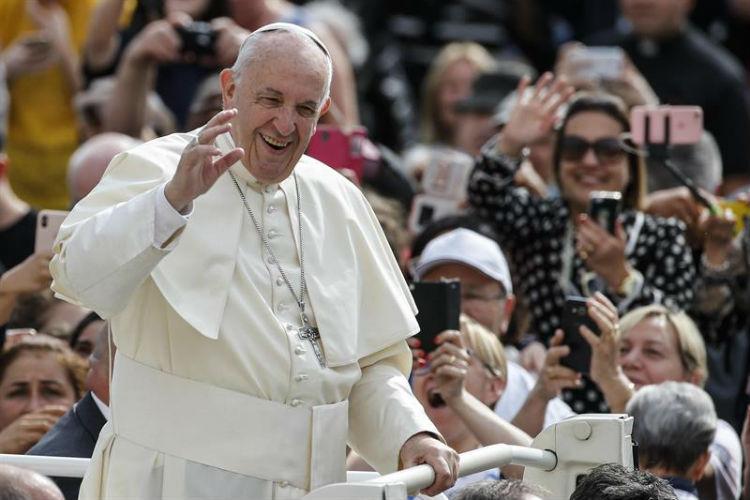 Vaticano lanza plan de ayuda para emigrantes venezolanos