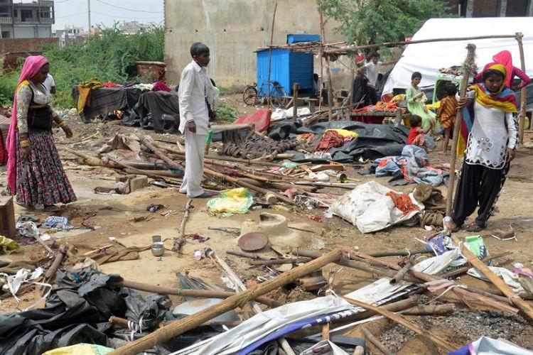 India se mantiene en alerta tras tormenta de arena