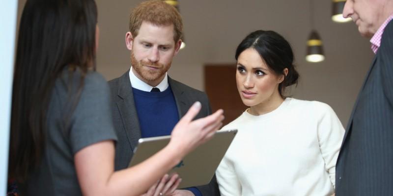 Millones, xenofobia y machismo: La trastienda de la boda real británica que encandila a tantos