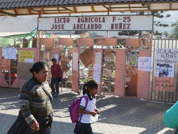 Tras término de toma anuncian sumario por eventuales actos de racismo al interior de liceo en Arica