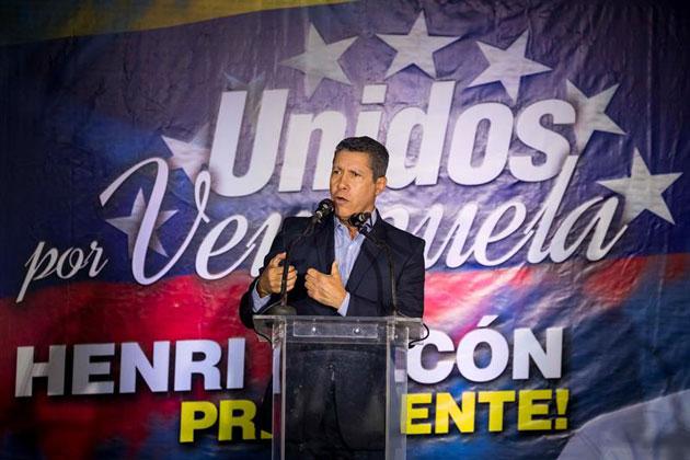 Falcón se mantiene en conversaciones con Bertucci para candidatura única
