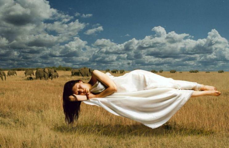 Hay una vitamina que nos puede ayudar a recordar mejor nuestros sueños