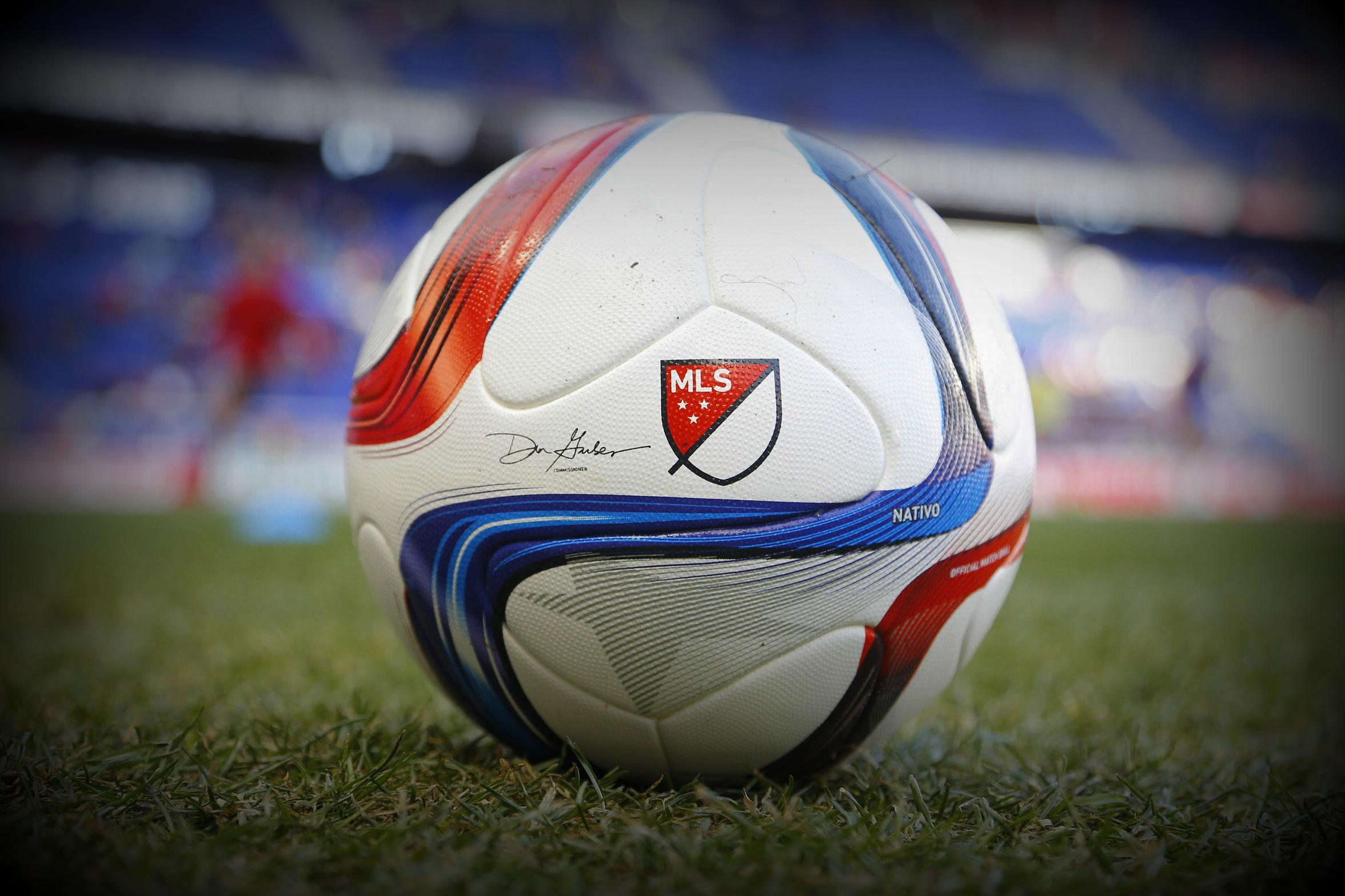 Dos venezolanos integran el 11 ideal de la Major League Soccer