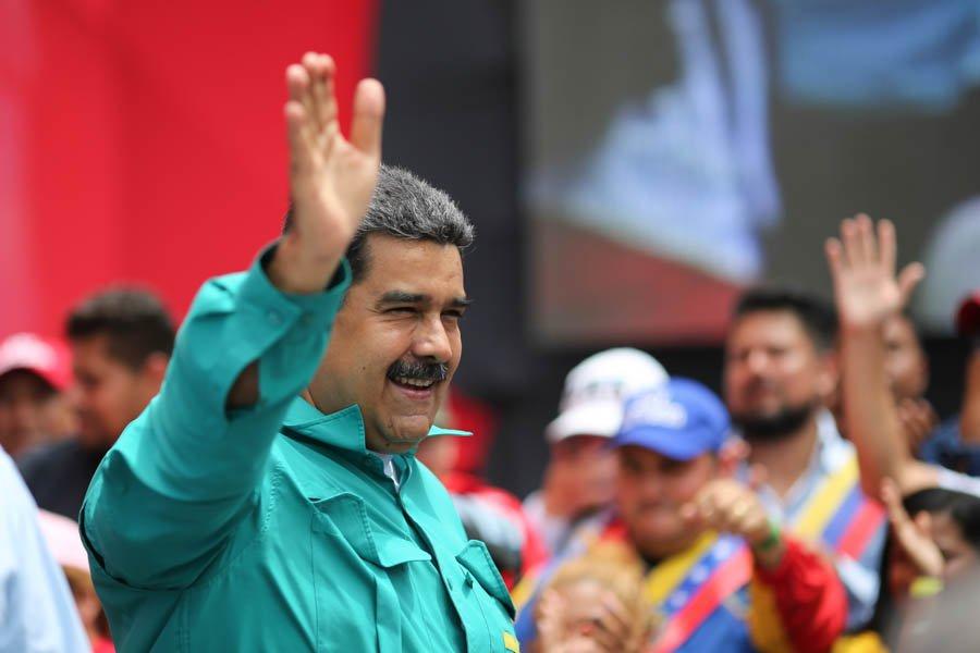 Presidente de Venezuela le tiende la mano a los empresarios que quieran trabajar por el país