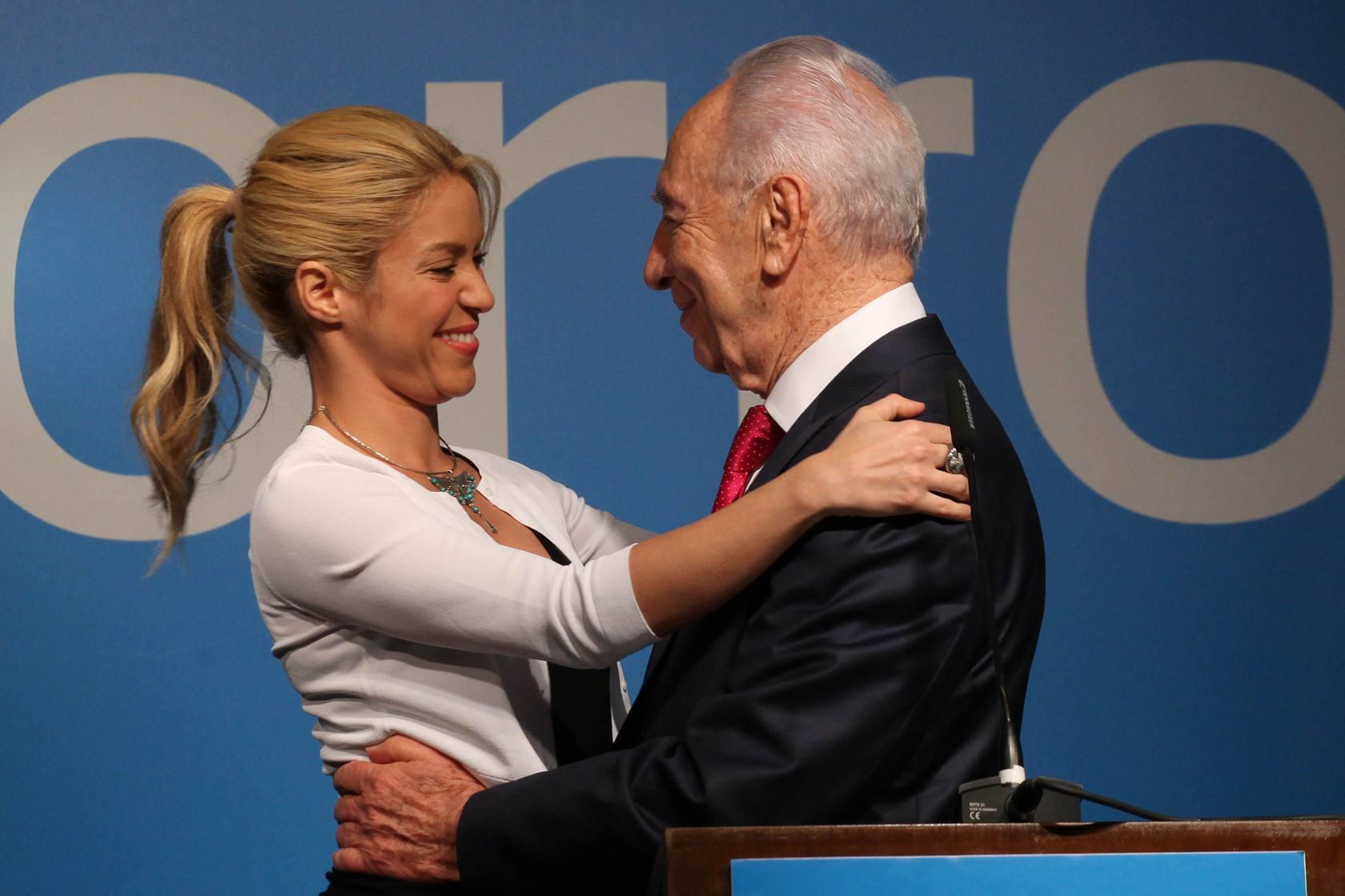 Piden a Shakira que cancele concierto en Israel