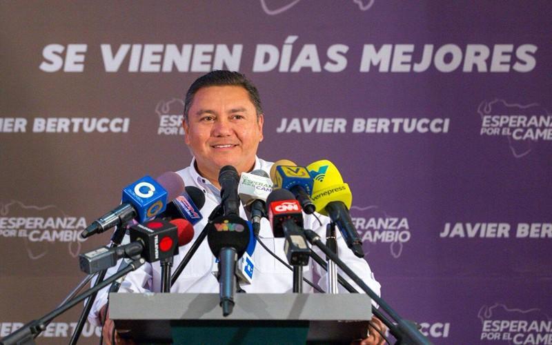 Apertura del canal humanitario y la liberación de presos fueron las prioridades de Bertucci