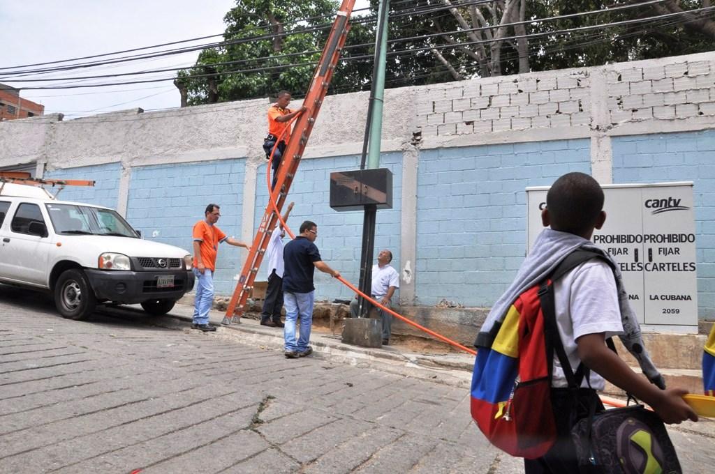 Gobierno venezolano avanza en la democratización de las telecomunicaciones