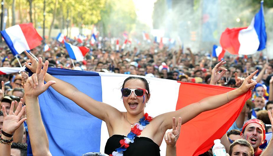 Amenaza terrorista: Francia prohibe pantallas gigantes para ver el mundial