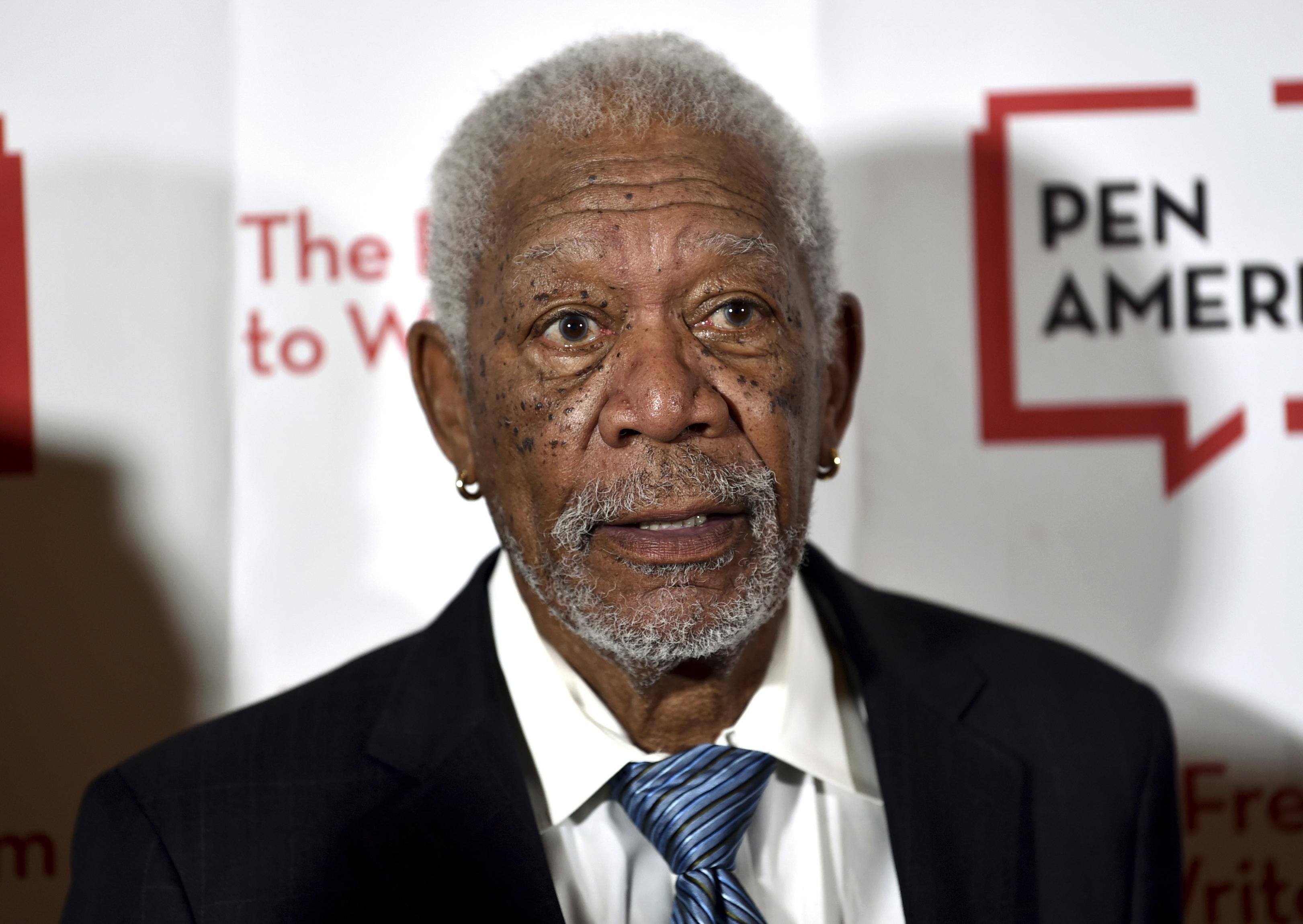 Detienen campaña de Morgan Freeman para el metro de Vancouver