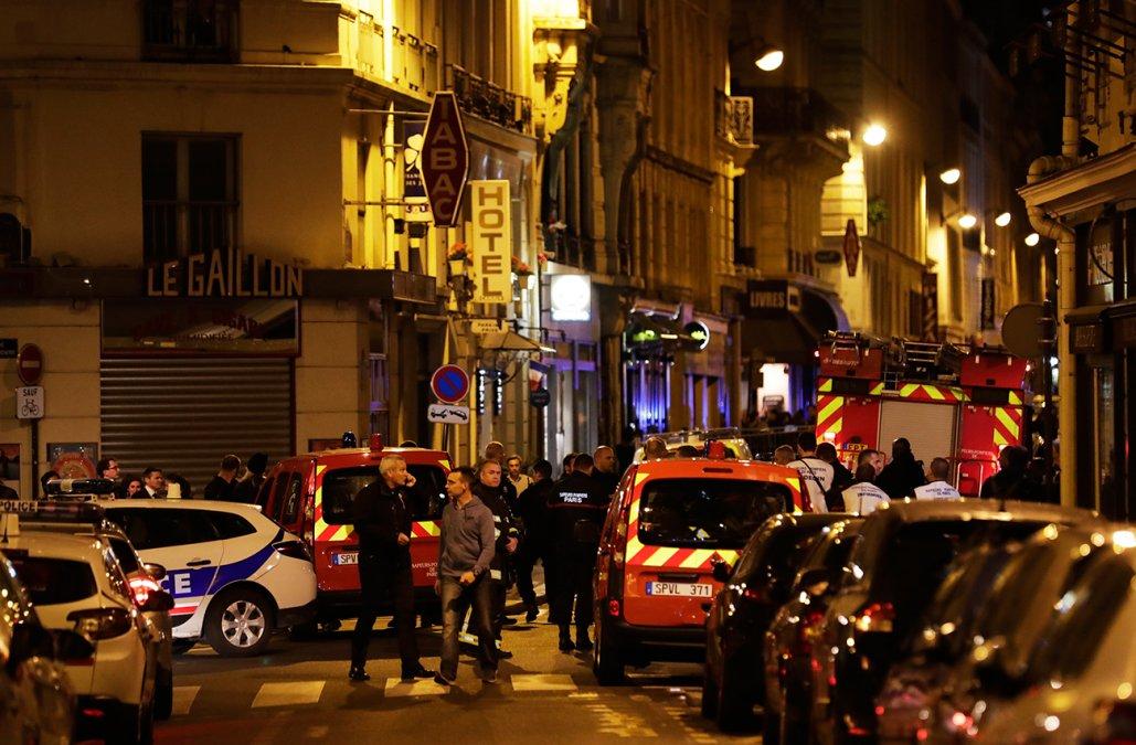 Muere mujer en ataque con cuchillo en París