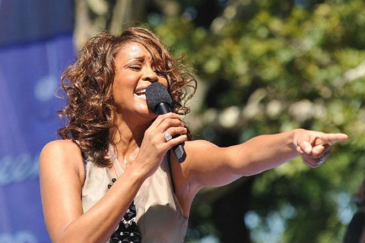 La trágica vida de Whitney Houston en un documental