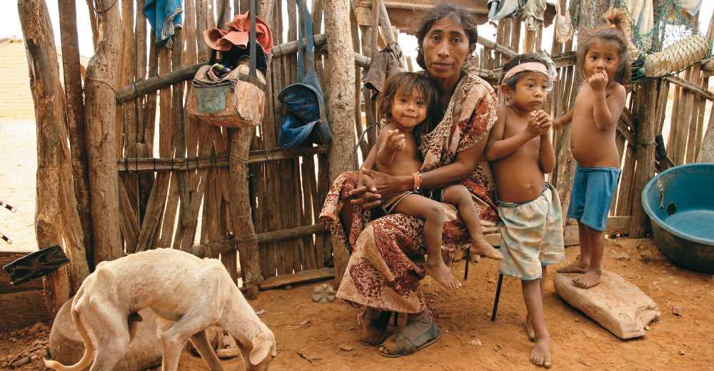 Juan Manuel Santos culpable por situación de vulnerabilidad de niños en La Guajira colombiana