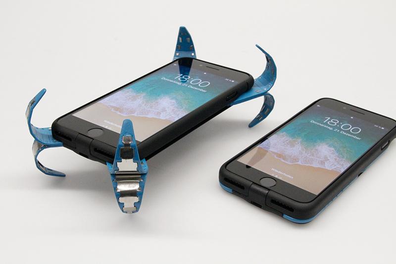Estudiante inventó un airbag para smartphones (+Video)