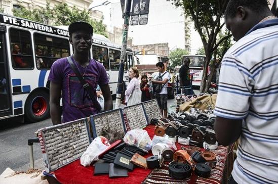 Día Mundial de los Refugiados: denuncian escalada de violencia contra inmigrantes senegaleses en Buenos Aires