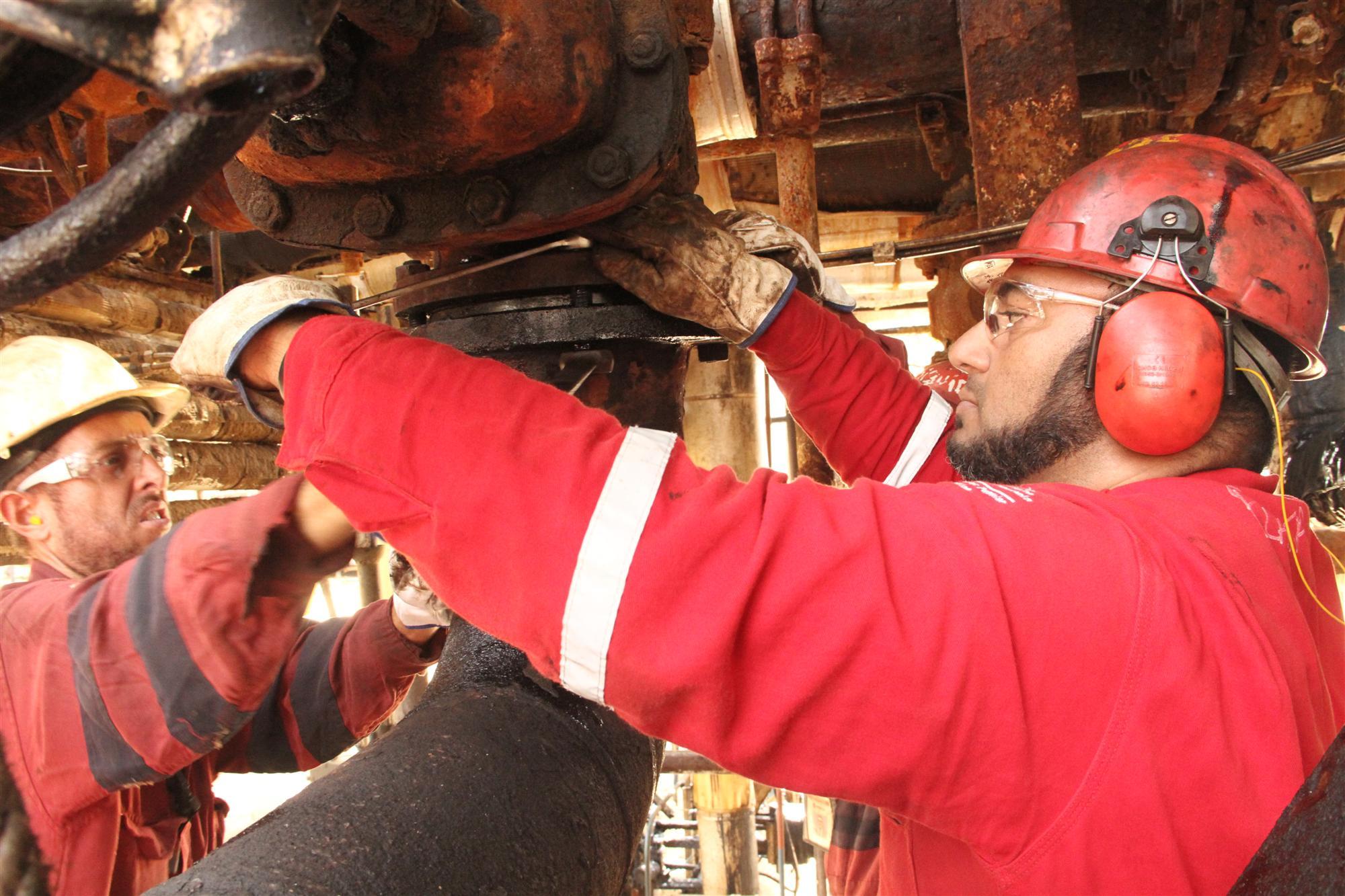 PDVSA instaló mesas de trabajo para elevar su producción de crudo