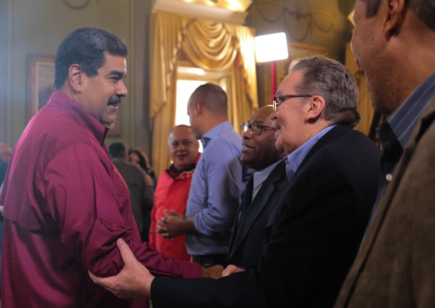 Maduro pide propuestas para impulsar líneas estratégicas de su nuevo gobierno