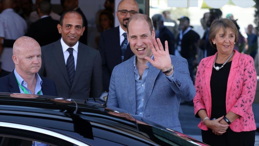 Israel aprovecha la visita del príncipe Guillermo para ocultar sus crímenes