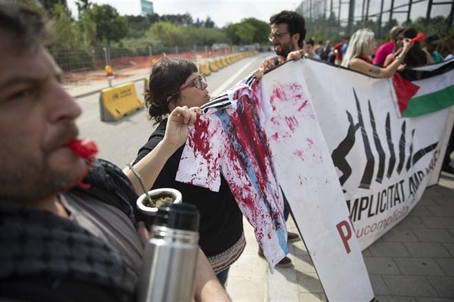 El partido Argentina vs. Israel, el fútbol, la política y los negocios