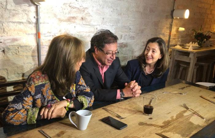Ingrid Betancourt se unió a Gustavo Petro para romper las cadenas de la guerra