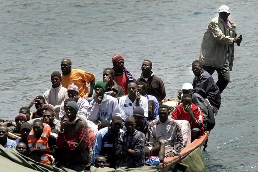 España concederá tarjeta sanitaria a inmigrantes ilegales